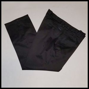 Like New Dockers D2 36 x 29 Black